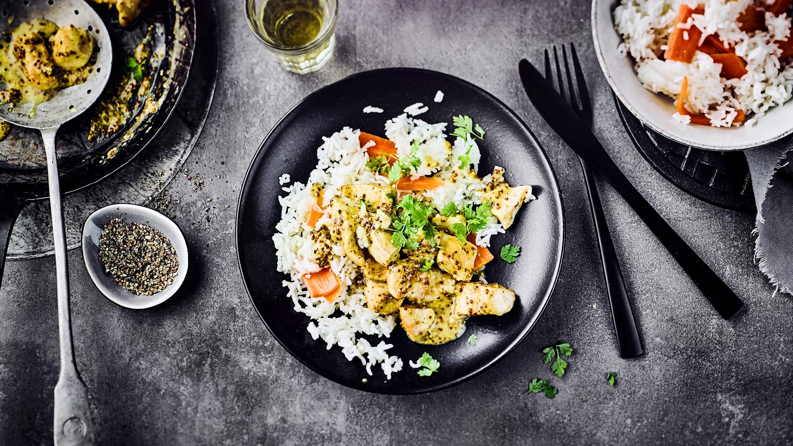 Honig-Senf-Pute auf Reis